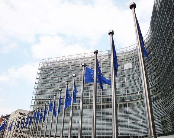 unión-europea-banderas