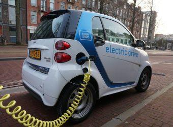 eléctrico coche híbrido