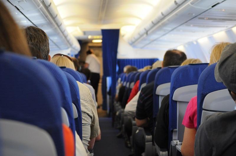 avion clase turista