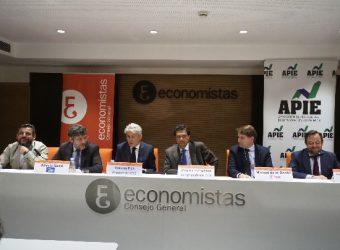 debate consejo general economistas