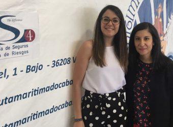 De derecha a izquierda, Ana Díaz, responsable del Dpto. de Admistración, y Jessica Fdez., responsable del Dpto. de Marketing y Comunicacion