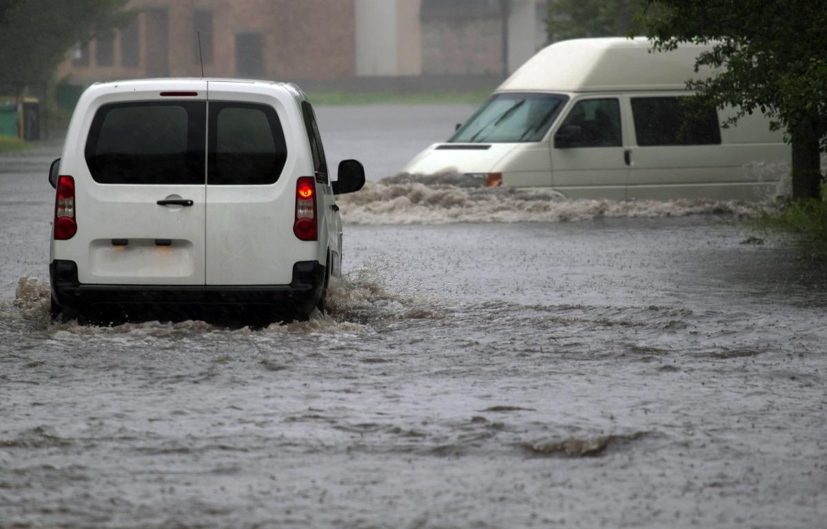 acierto inundación