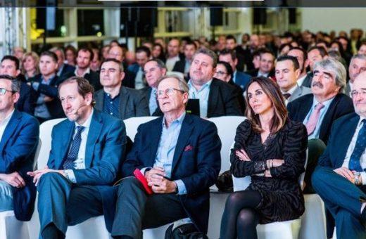 Más de 300 corredores debaten sobre la transformación del sector en la Cumbre de Mediadores en Valencia