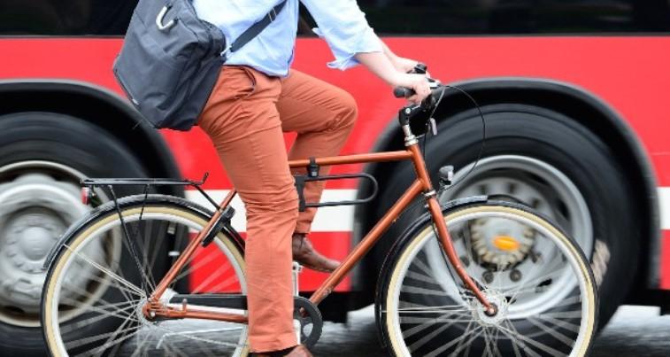 mapfre movilidad tráfico ciudad bicicleta
