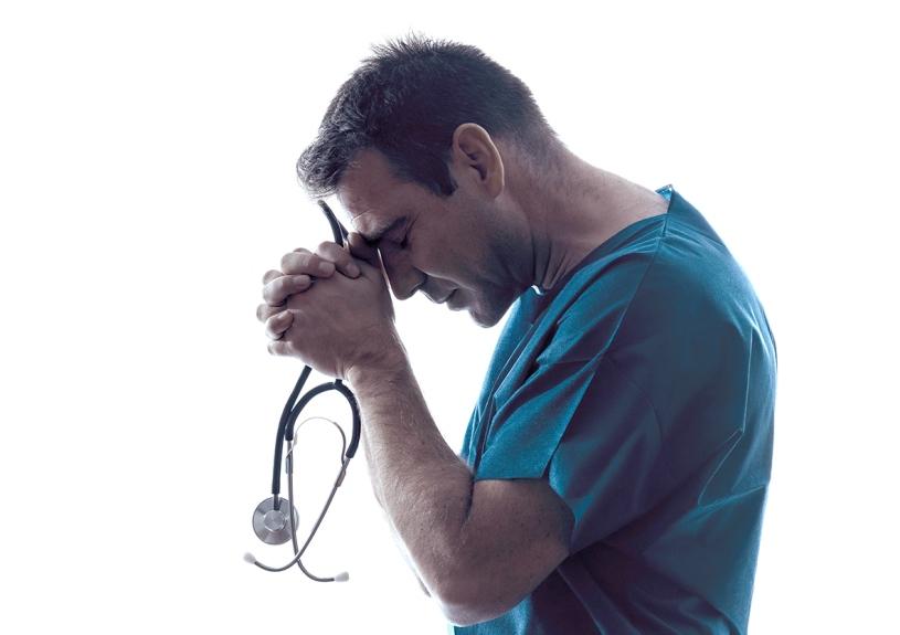 Médico uniteco
