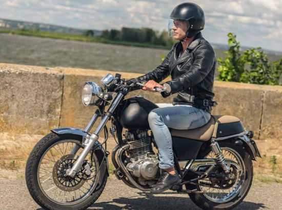 motocicleta informe dos ruedas