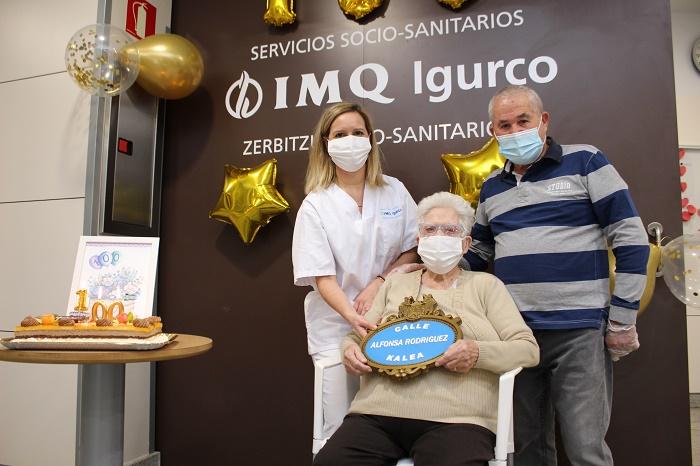 Alfonsa Rodríguez celebra en IMQ Igurco Zorrozgoiti sus cien años de vida (002)